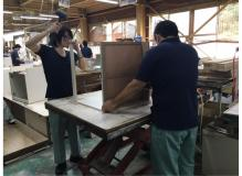 休みも充実の正社員可能性有の木製家具の組立作業