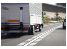 正社員募集♪4tトラックで製品の配送(構内作業)