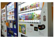 自動販売機への商品補充などルート配送業務