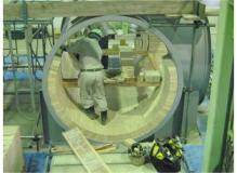 耐火溶鉱炉の補修・メンテナンススタッフ