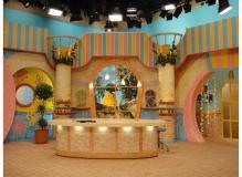 イベント看板・テレビ局のスタジオセット等の製作及び、設営スタッフ