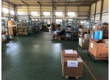 【地元の大手有名メーカー】正社員の倉庫内入出庫と部材運搬職!