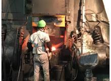未経験者歓迎の製造・正社員求人!金属加工機械オペレーター