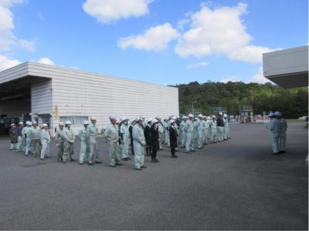 経験不問の正社員募集で塗料の製造オペレーター