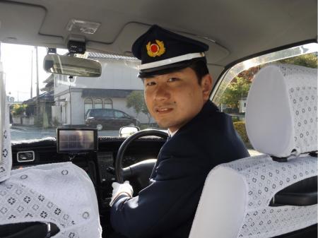 固定給でゆとりをもって働ける夜間タクシードライバー
