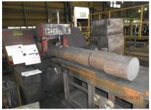 鋳物の切断加工及び出荷スタッフ