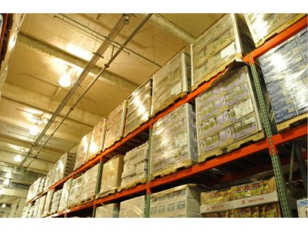 食品を扱う倉庫での出荷業務 ※未経験者歓迎!
