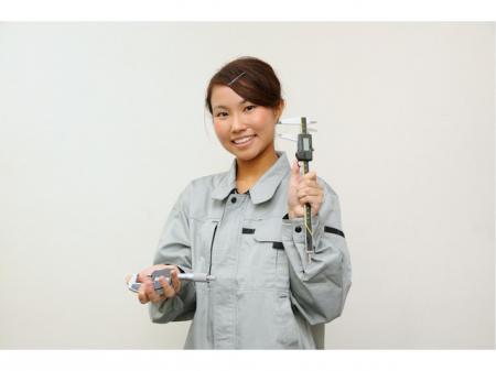 アルミダイカスト製品の検査および組立