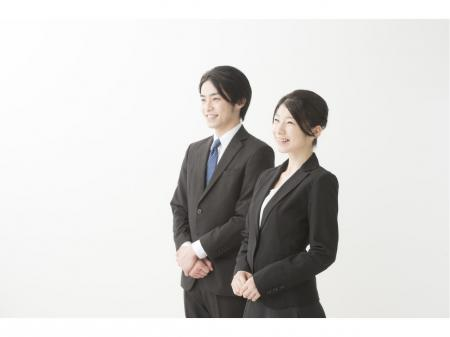 未経験でも成功報酬で月収50万円以上も可能☆大手携帯電話販売会社での商品案内スタッフ
