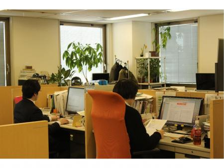 広告・WEB制作の企画・提案営業