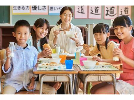 お子さんと同じ休日が可能な給食調理、中区国府市場