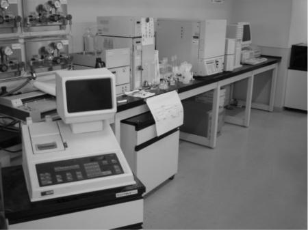 製品の研究開発を支援する解析業務
