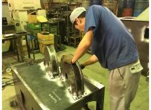 大きな技術力を持つ大きくない会社での機械部品加工および組立