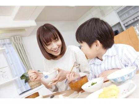 主婦の方や子育てママが多数活躍中の食料品の出荷準備