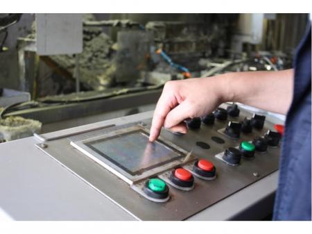 大手メーカー企業でのマシニングセンタ業務