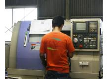 未経験でもイチから習得できる樹脂や金属の機械加工