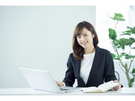 未経験から始める営業部門をサポートする事務スタッフ