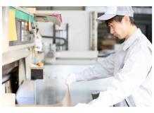 正社員切替前提のゴム押出製品の機械オペレーター