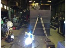 産業用機械の外枠カバーの加工・組立・溶接作業