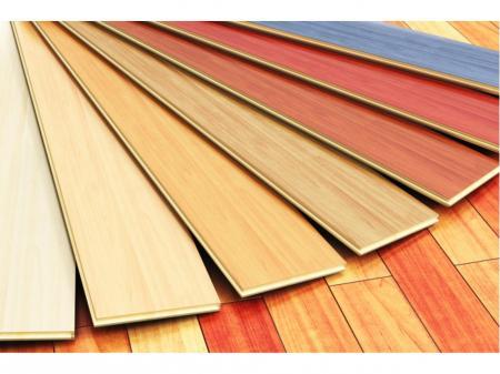 家具向け木製品の梱包や組立など工場内軽作業