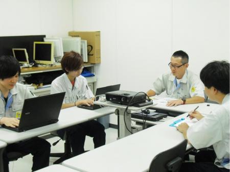 各種フィルム製造の機械操作または外観検査