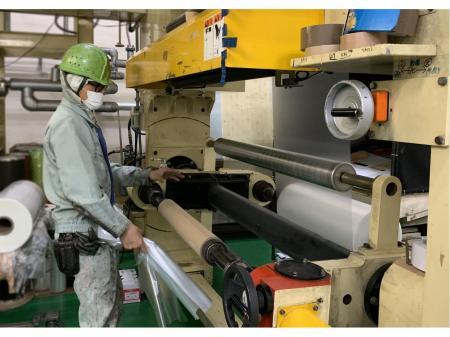 東証1部上場企業のグループ会社での機械オペレーター