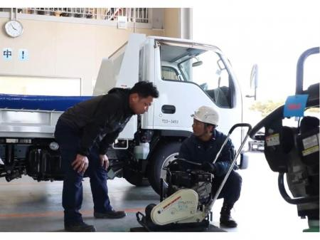 超大手企業でのレンタル機材や建設機械の整備スタッフ